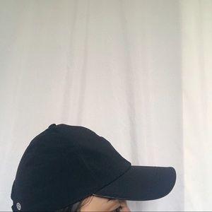 Lululemon black cap